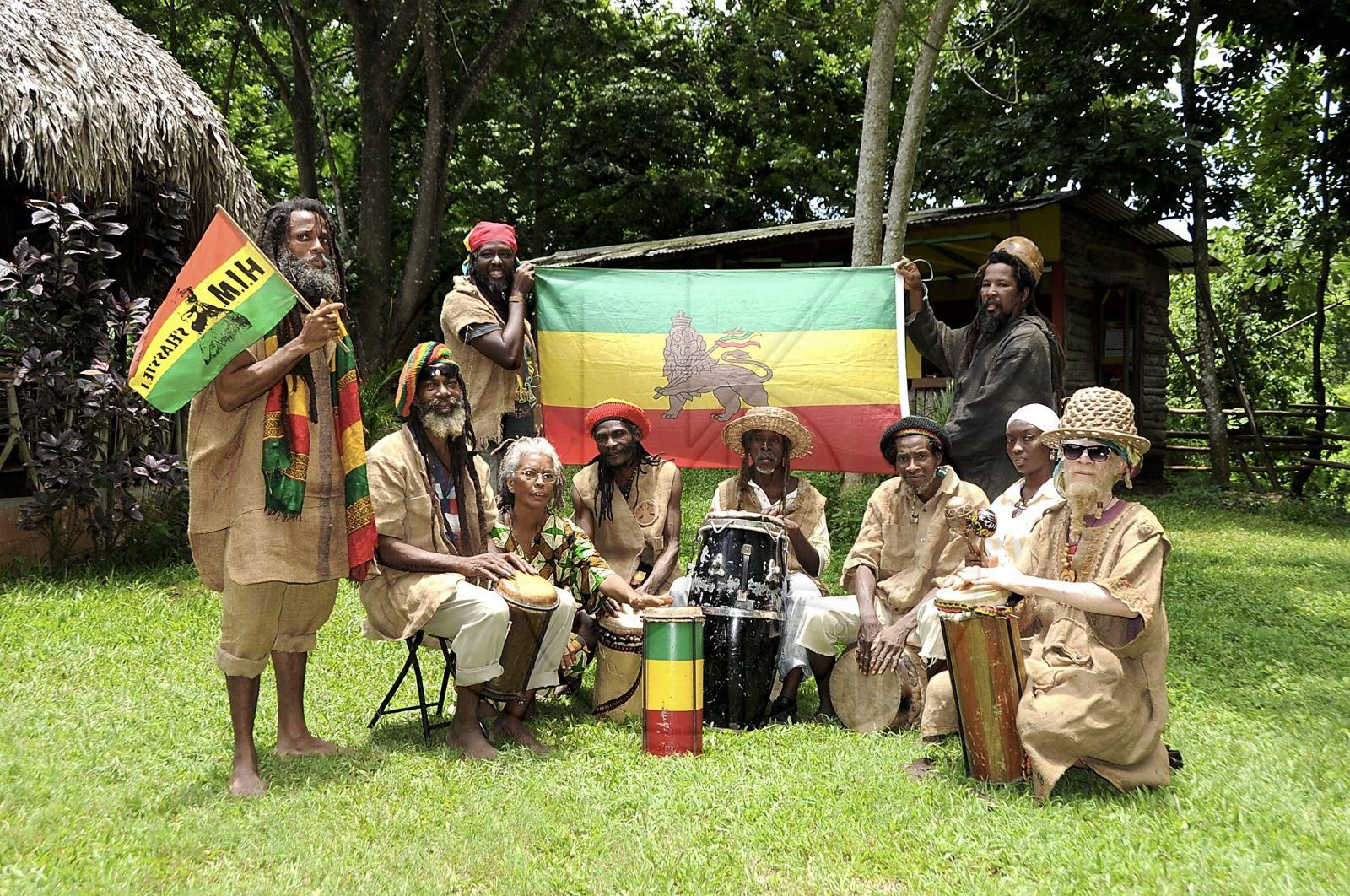 Rastafari's. Bron: DigJamaica.com