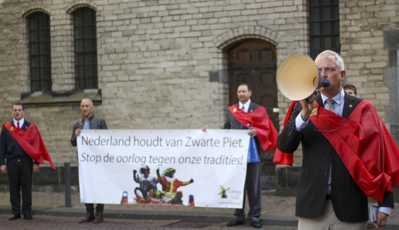 Cultuur onder Vuur voert campagne op straat voor Zwarte Piet